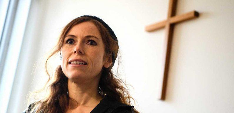 TV-Nonne Antje Mönning rappt nun nackt   Promivipnews.com