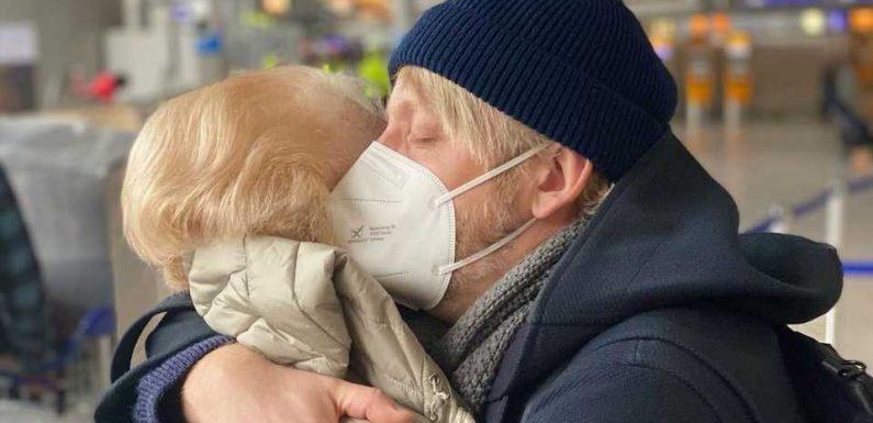 Herzzerreißend: Hier verabschiedet Ross Antony seine Mutter
