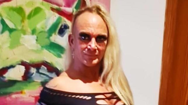 Caro Robens als sexy Cowgirl – samt blankem Po