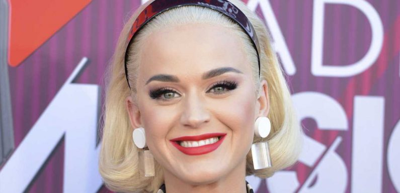 Katy Perry zeigt ihren After-Baby-Body im Badeanzug