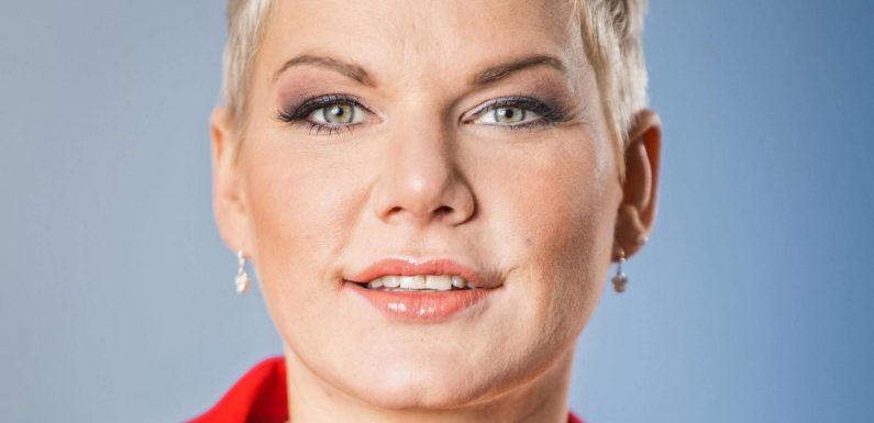 Melanie Müller hat die ersten Schritte ihres Sohnes verpasst