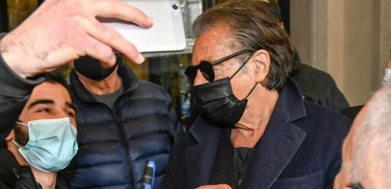 Al Pacino wird von Fans in Mailand belagert