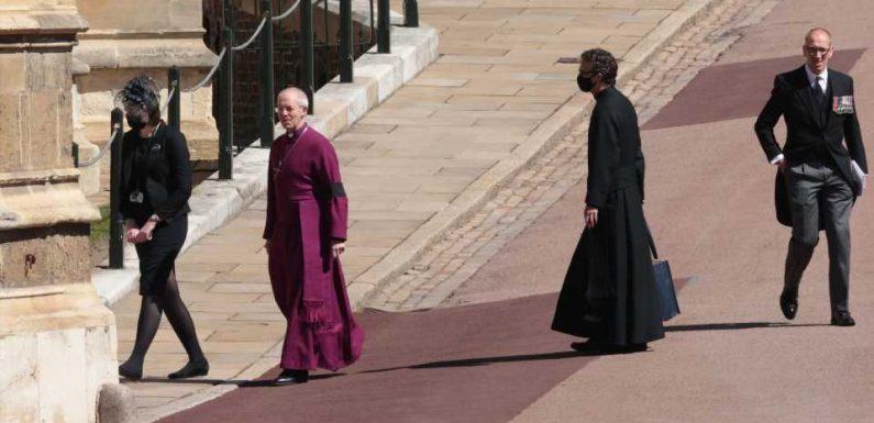 Der Erzbischof von Canterbury ist auf dem Weg zur Kapelle