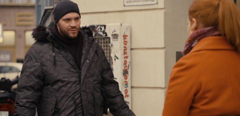 GZSZ: Erik lernt Tonis neuen Kollegen kennen – diese Szene gibt's nicht im TV zu sehen!