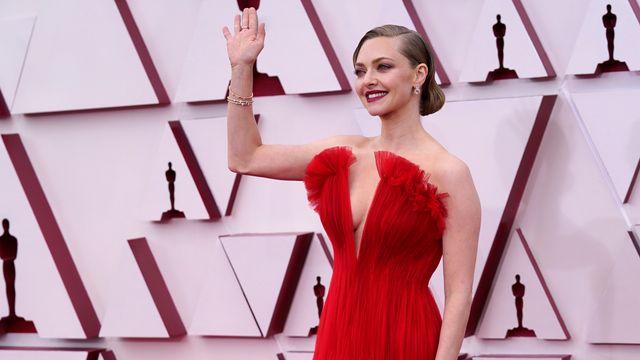 Glamour bei den Oscar-Looks – Brad Pitt sorgt für Überraschung