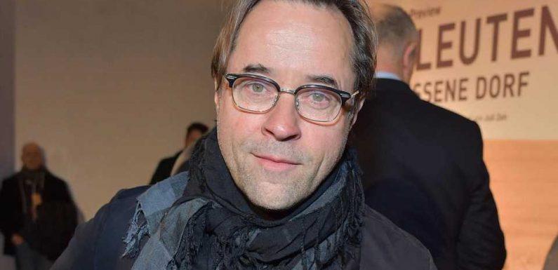 Jan Josef Liefers steht für Intensivstation-Schicht bereit