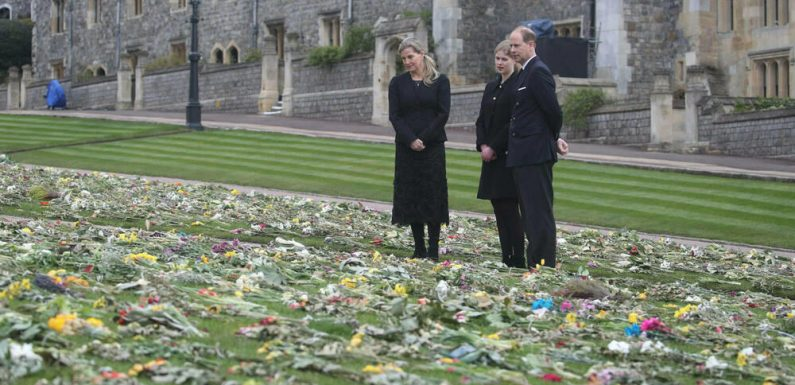 Prinz Philip: Blumenmeer auf Schloss Windsor zeigt große Anteilnahme