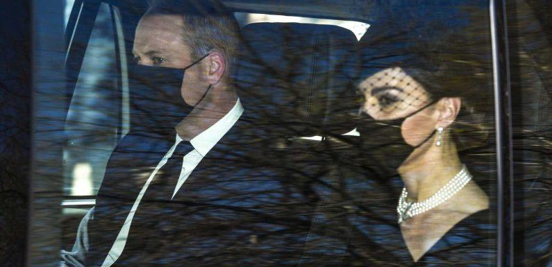 Prinz Philips Beerdigung (†99): Erste Bilder der britischen Königsfamilie
