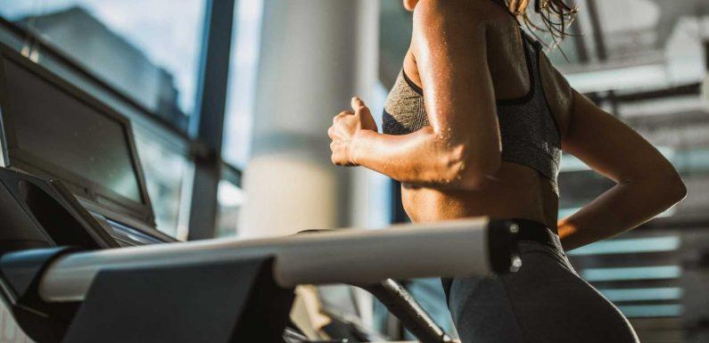 """Abnehmen mit Laufband-Workout """"12-3-30"""": Mit diesem Fitness-Trend purzeln die Kilos"""