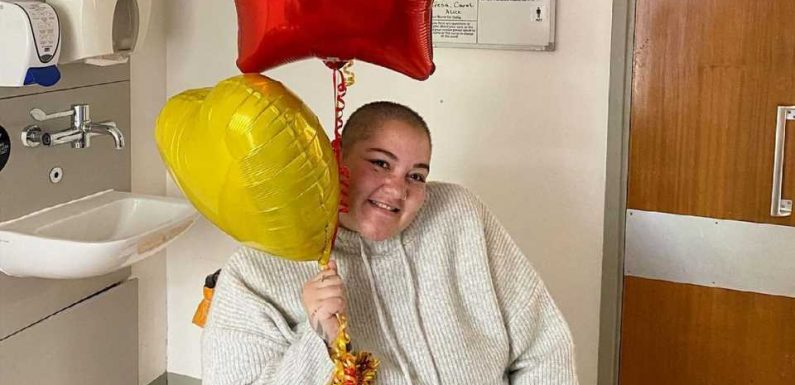 Drei Monate im Koma: YouTuberin Grace aus Klinik entlassen