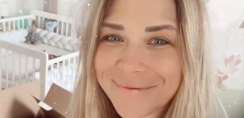 Tanja Szewczenko gibt Einblicke mit ihren Zwillingen zu Hause