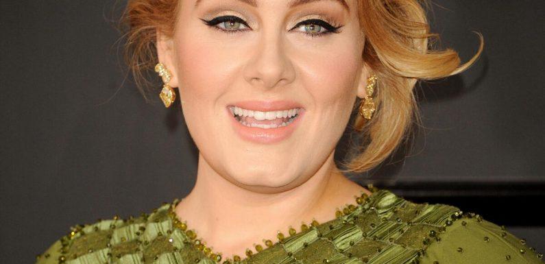 """""""Frei"""": Adele teilt zu ihrem 33. Geburtstag neues Foto ohne Make-up"""