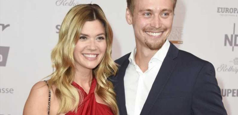 Ex-Bachelorette Nadine Klein probiert Hochzeitskleider an