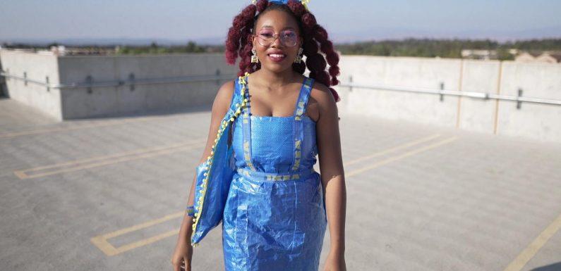 High Fashion aus Ikea-Tüten: US-Studentin feiert mit Upcycling-Mode viralen TikTok-Erfolg