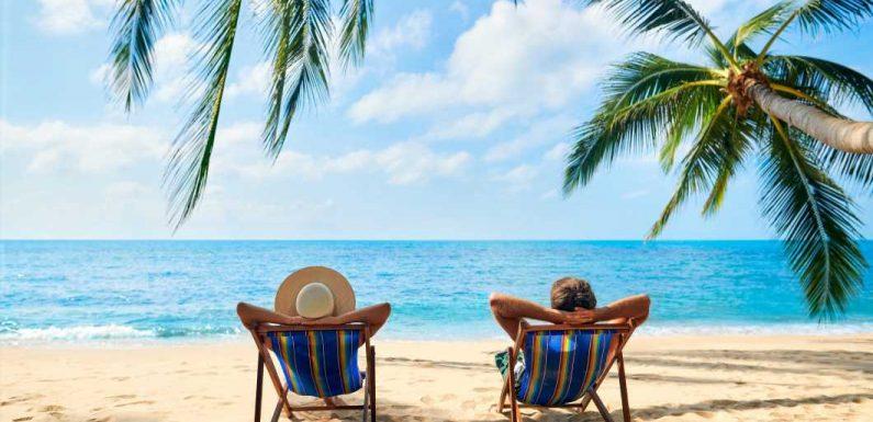 Reisebüro oder Online-Portale: Wo gibt's jetzt den günstigeren Urlaub?