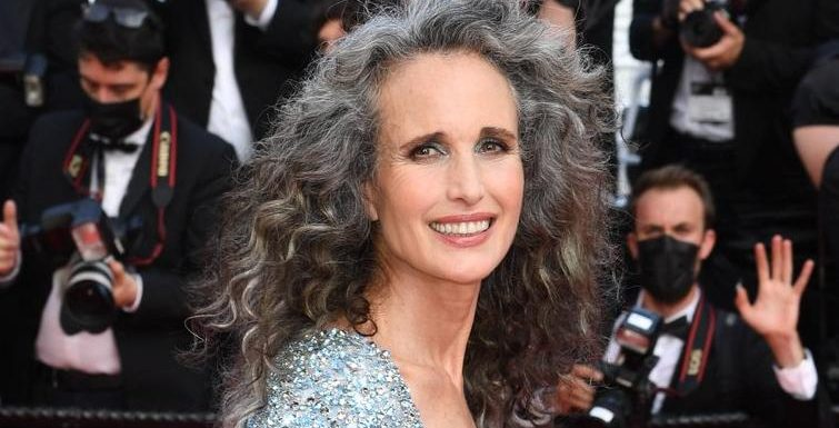 Andie MacDowell überrascht mit grauer Wallemähne beim Filmfestival in Cannes