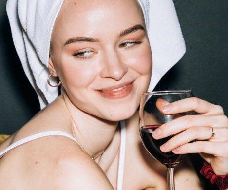 Anti-Aging: Dieses Rotwein-Serum ist das Geheimnis jugendlicher Haut