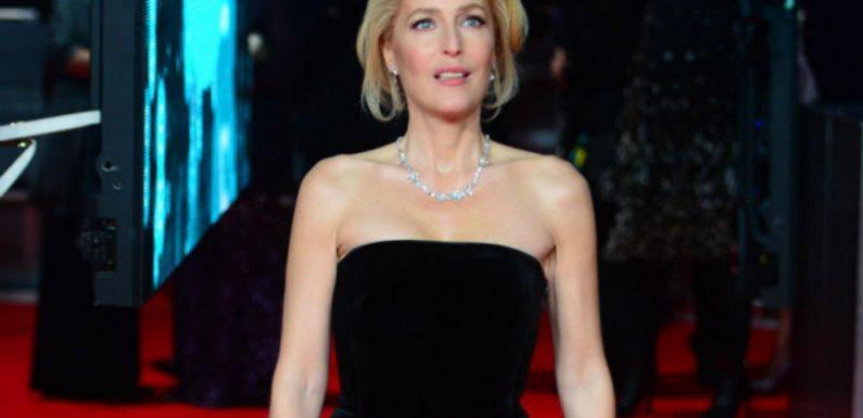 Gillian Anderson: Oben ohne