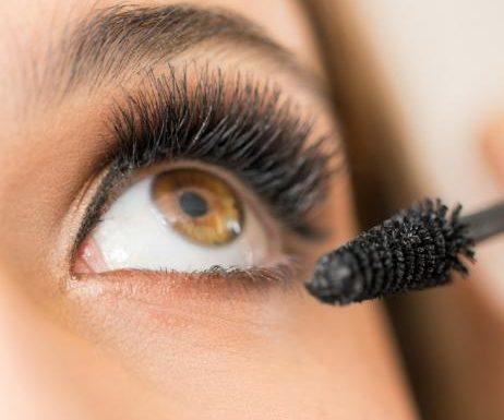 Mascara: Diese 6-Euro-Wimperntusche sorgt für grenzenloses Volumen
