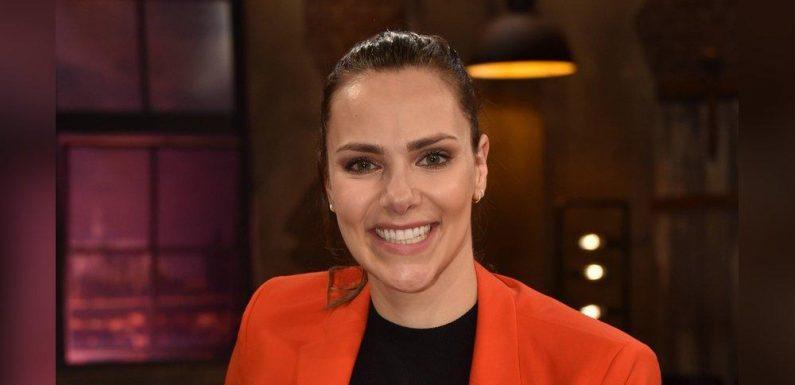 Zweites Kind für TV-Star: Esther Sedlaczek ist schwanger