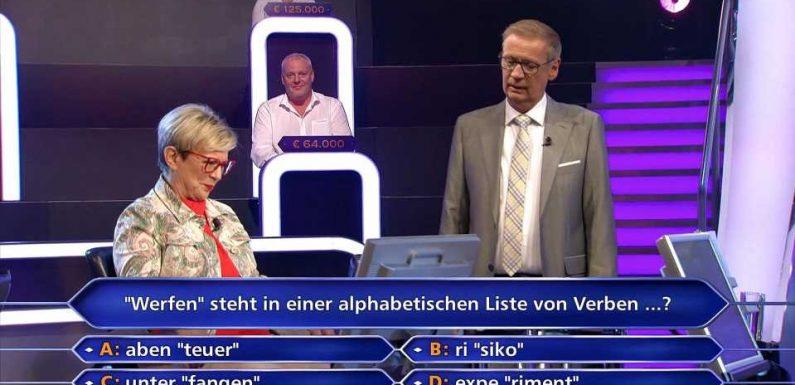 Wer wird Millionär?: Annemarie Strubel braucht bei der 50-Euro-Frage die Hilfe von Günther Jauch
