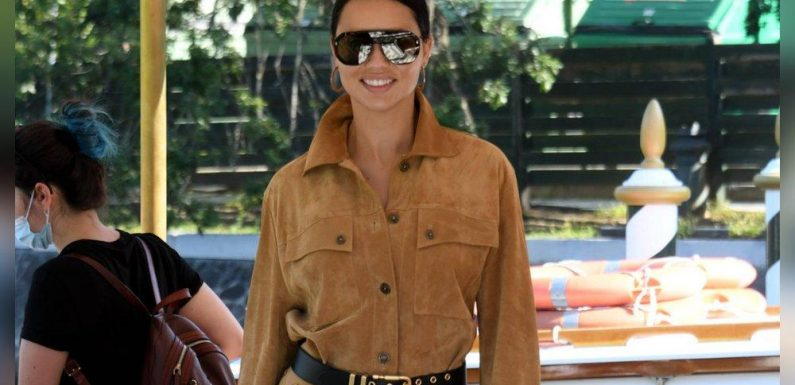 Adriana Lima: Super lässig nach Venedig