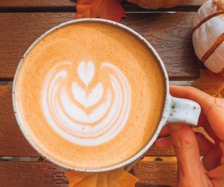 Food-Trend 2021: Pumpkin Spice Latte selber machen – so geht's!