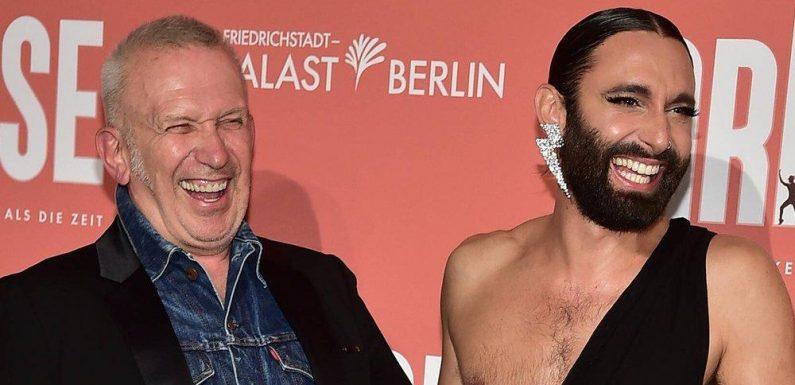 Jean Paul Gaultier und Conchita Wurst amüsieren sich in Berlin