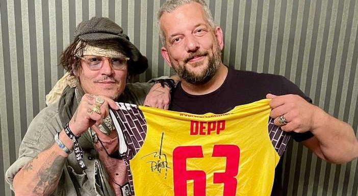 Johnny Depp: Warum der Hollywood-Star den deutschen Volleyball-Klub VfB Suhl unterstützt